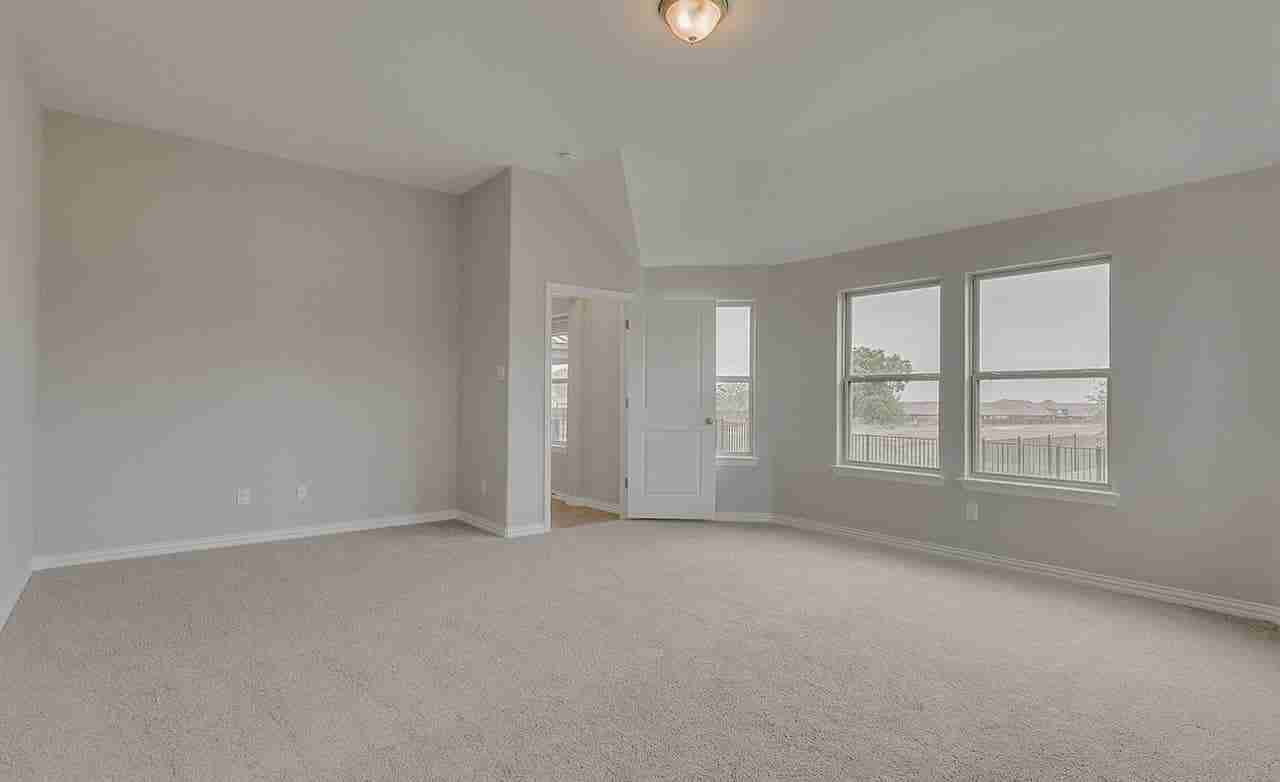 Mahogany – Owner's Suite