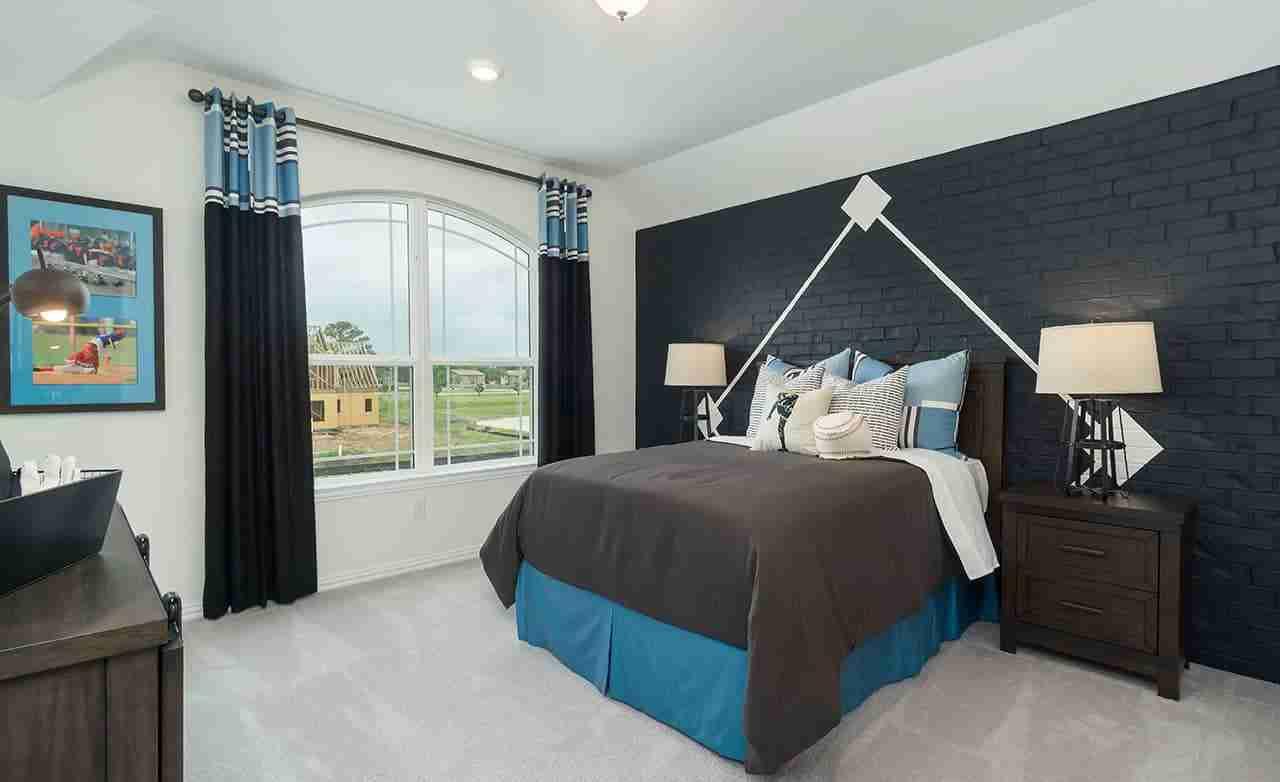 Magnolia – Secondary Bedroom
