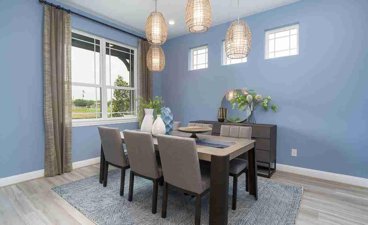 Magnolia – Dining Room