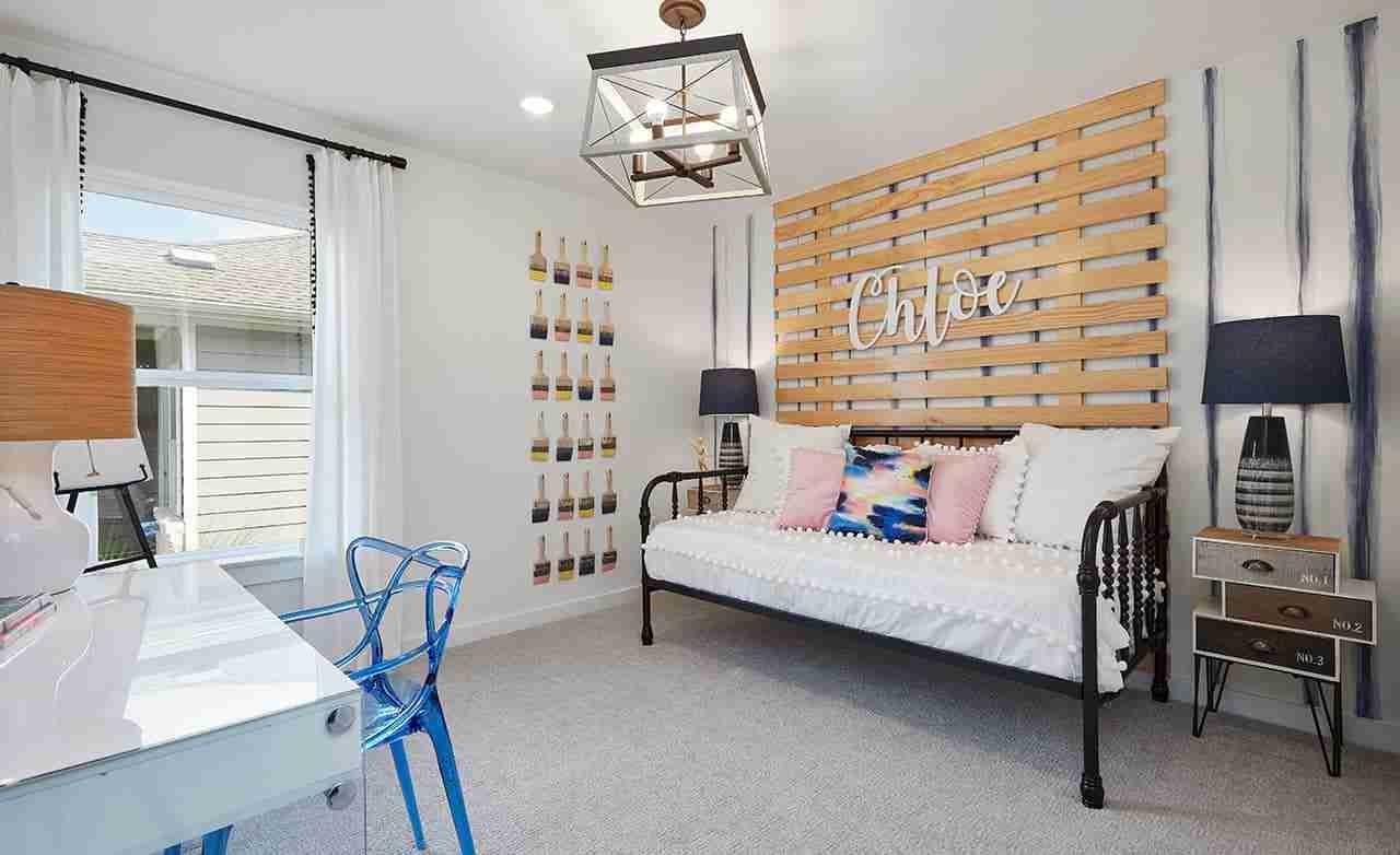 Paramount – Secondary Bedroom