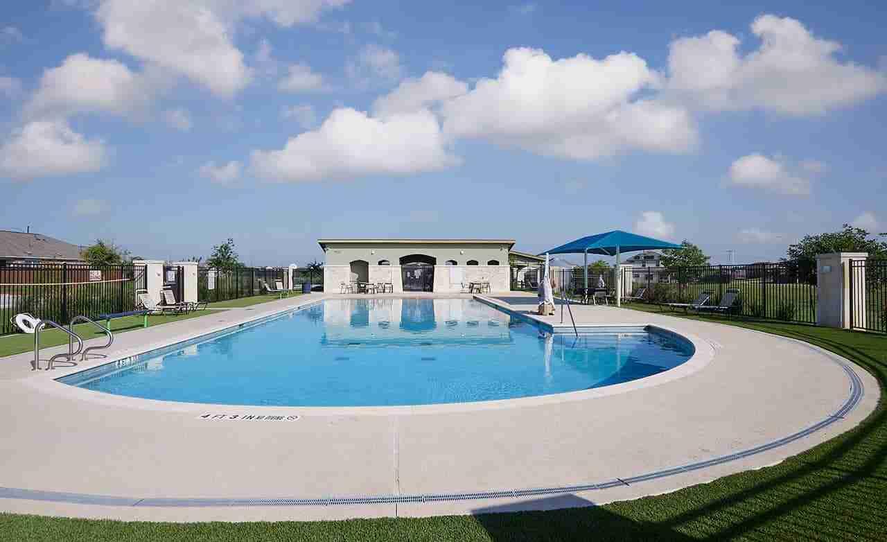 Sun Chase Community Pool