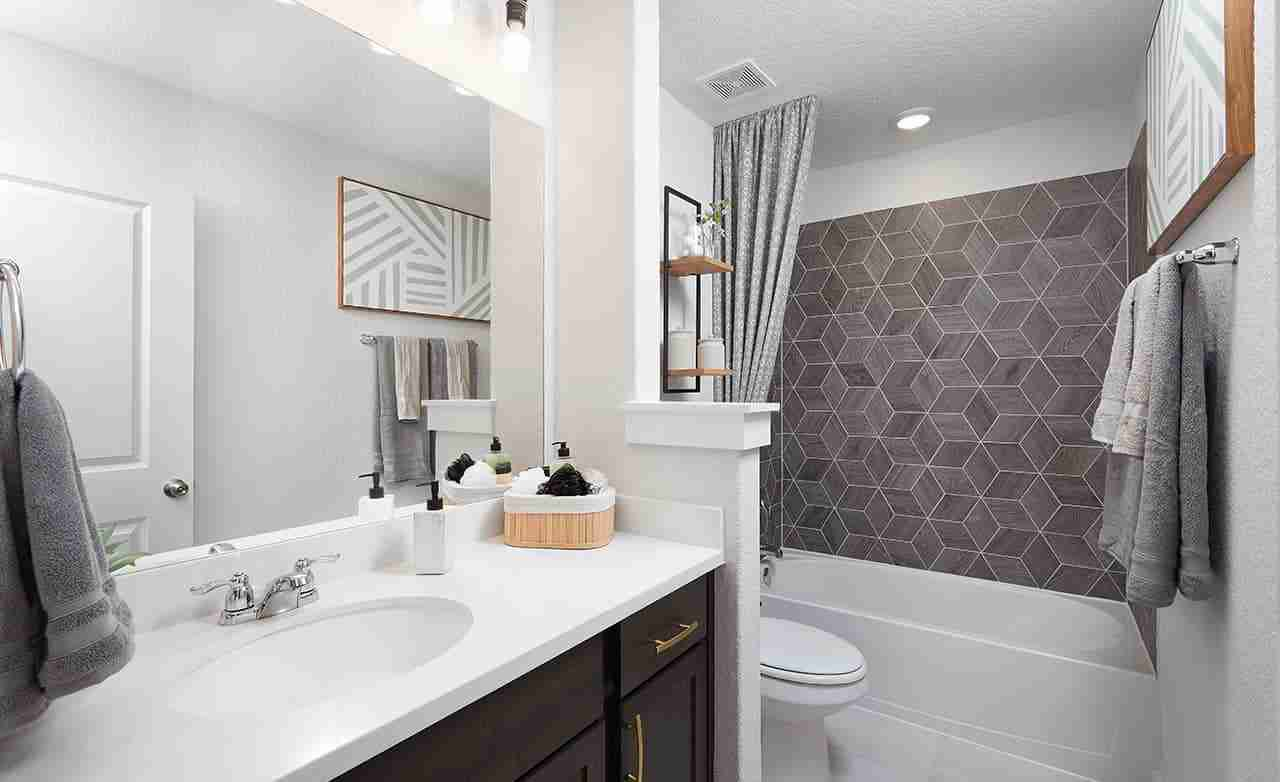 Meridian – Secondary Bathroom