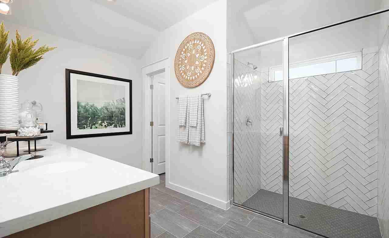 Meridian – Owner's Bathroom