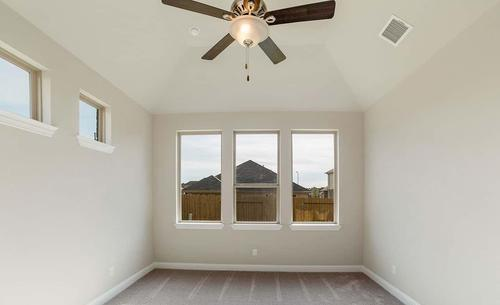 Empty-in-Rosewood-at-Inverness Estates - Classic-in-Tomball