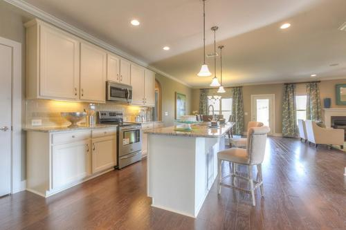Kitchen-in-The Lexington-at-Groves Park-in-Oak Ridge
