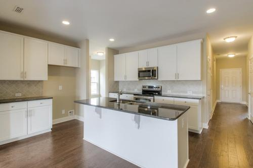 Kitchen-in-The Griffin-at-Groves Park-in-Oak Ridge