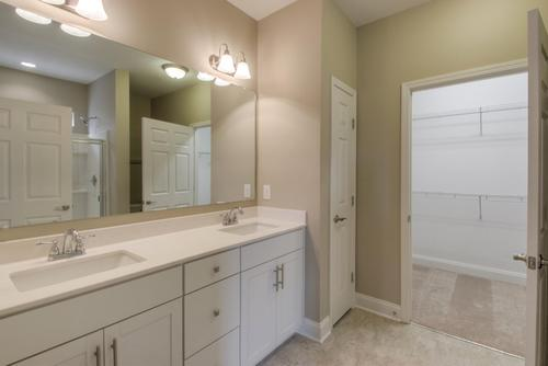 Bathroom-in-The Griffin-at-Groves Park-in-Oak Ridge