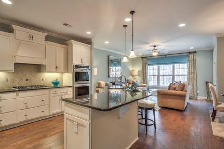 Greatroom-and-Dining-in-The Arlington-at-The Villas at Weatherstone-in-Knoxville