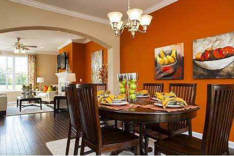 Dining-in-The Eliot-at-Morganton Reserve-in-Maryville