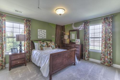Bedroom-in-The Wellington-at-Groves Park-in-Oak Ridge