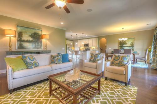 Greatroom-and-Dining-in-The Lexington-at-Groves Park-in-Oak Ridge