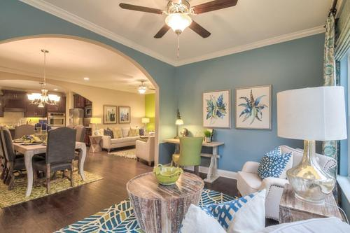 Greatroom-and-Dining-in-The Griffin-at-Groves Park-in-Oak Ridge