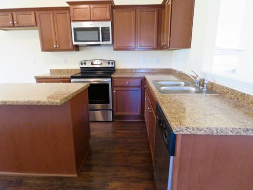 Kitchen-in-The Charleston-at-Gardens of Paradise Valley-in-Pinson