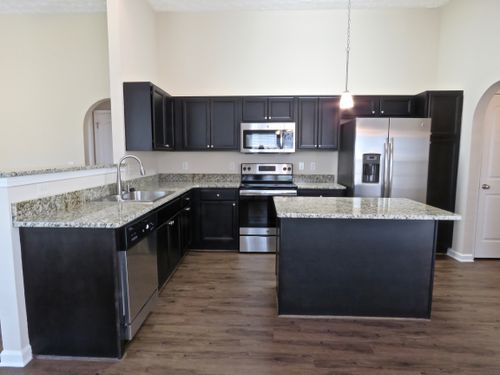 Kitchen-in-The Extended Cambridge-at-The Oaks of Buena-in-Prattville