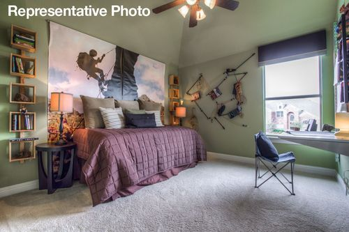 Bedroom-in-Palomar-at-Savannah - Oglethorpe Village-in-Savannah