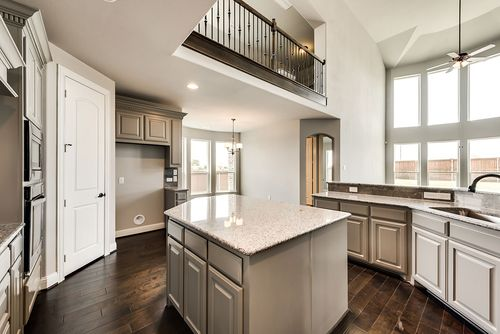 Kitchen-in-Grand Bluffview II-at-Bower Ranch-in-Mansfield