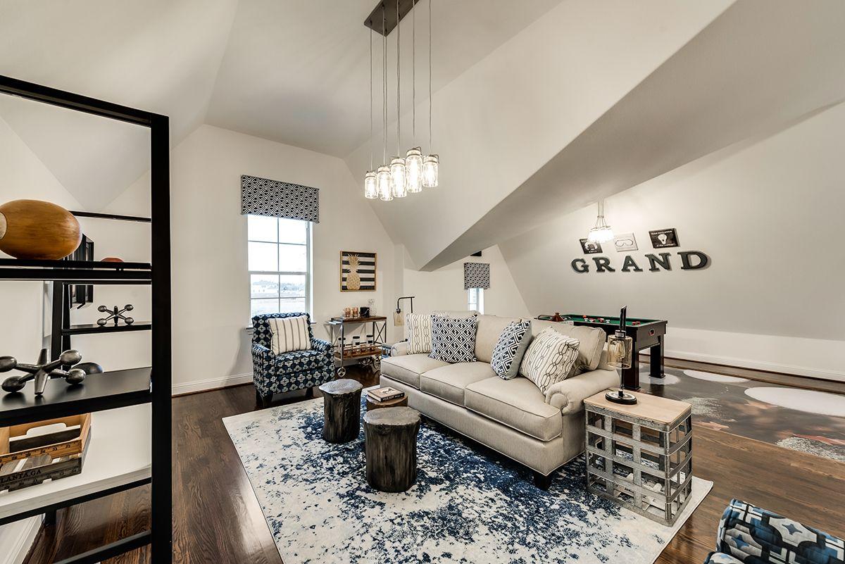 Grand Estate 23