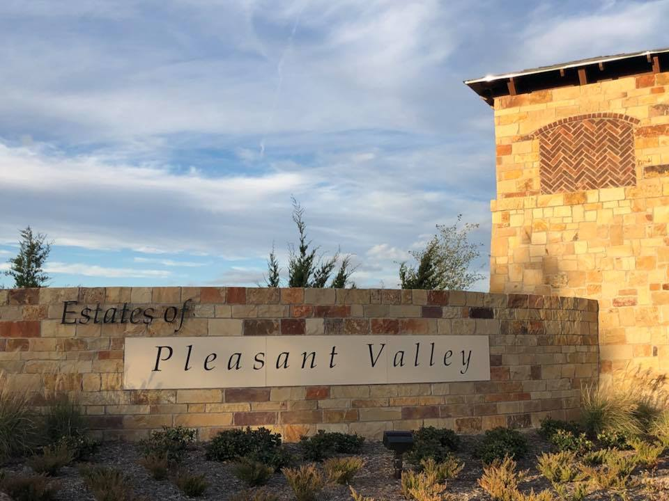 'Estates at Pleasant Valley' by Grand Homes in Dallas
