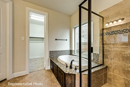 Bathroom-in-Brandonwood-at-Savannah - Oglethorpe Village-in-Savannah
