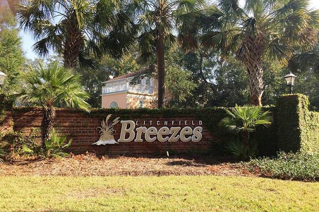 litchfield-breezes_0.jpg