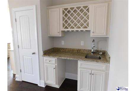 Wet-Bar-in-Carolina A-at-Summit at Oakdale-in-Florence