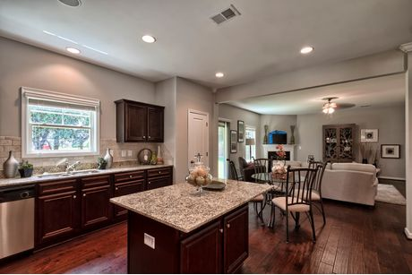 Greatroom-and-Dining-in-Bradley I A-at-Pocalla Springs-in-Sumter