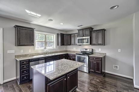 Kitchen-in-Porter E-at-Pocalla Springs-in-Sumter