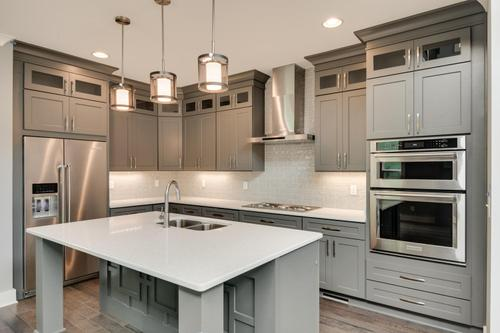 Kitchen-in-The Everglade-at-Millstone Cottages-in-Chattanooga