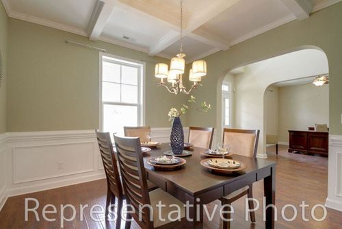Dining-in-Roosevelt-at-Villages at The Carolina-in-Carthage