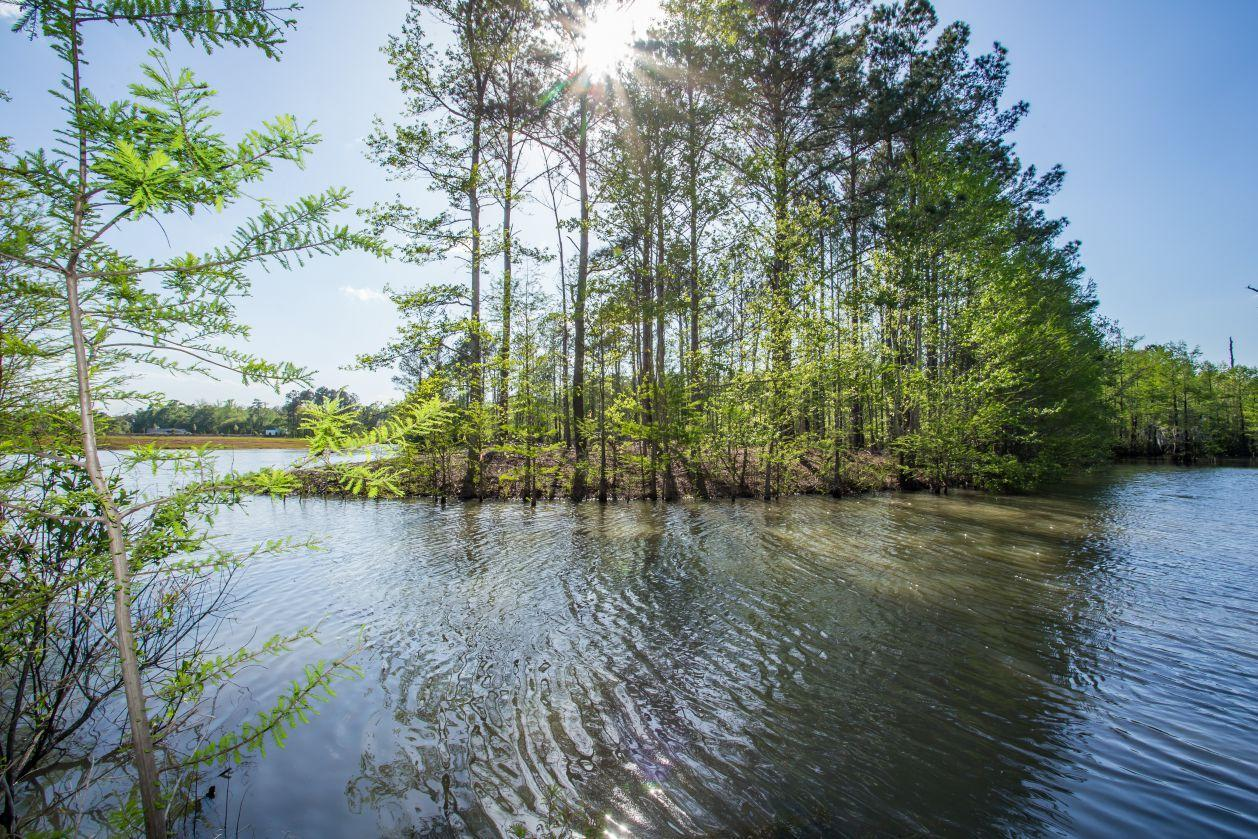 'Majestic Oaks at RiverHaven' by HH Homes in Myrtle Beach