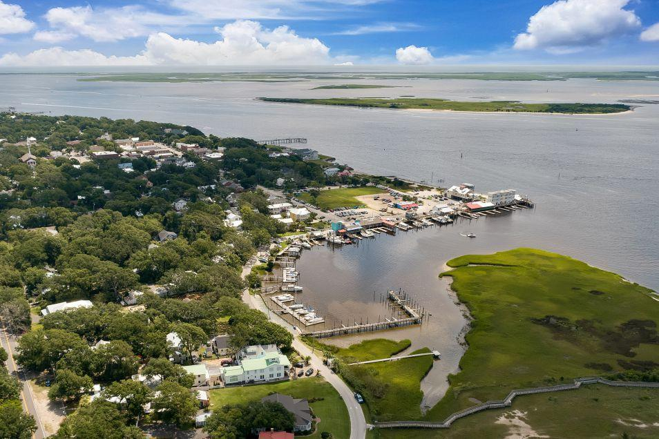 'The Preserve at Fisher Landing' by HH Homes in Wilmington