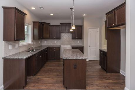 Kitchen-in-416 Pittfield Run-at-Manor At Lexington Plantation-in-Cameron