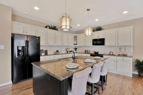 Kitchen-in-Sheffield-at-White Hall Townhomes-in-Toano