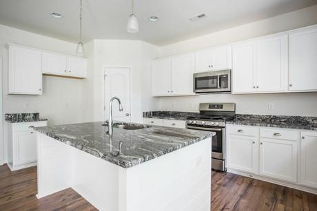 Kitchen-in-Glenwood-at-River Mill-in-Glen Allen