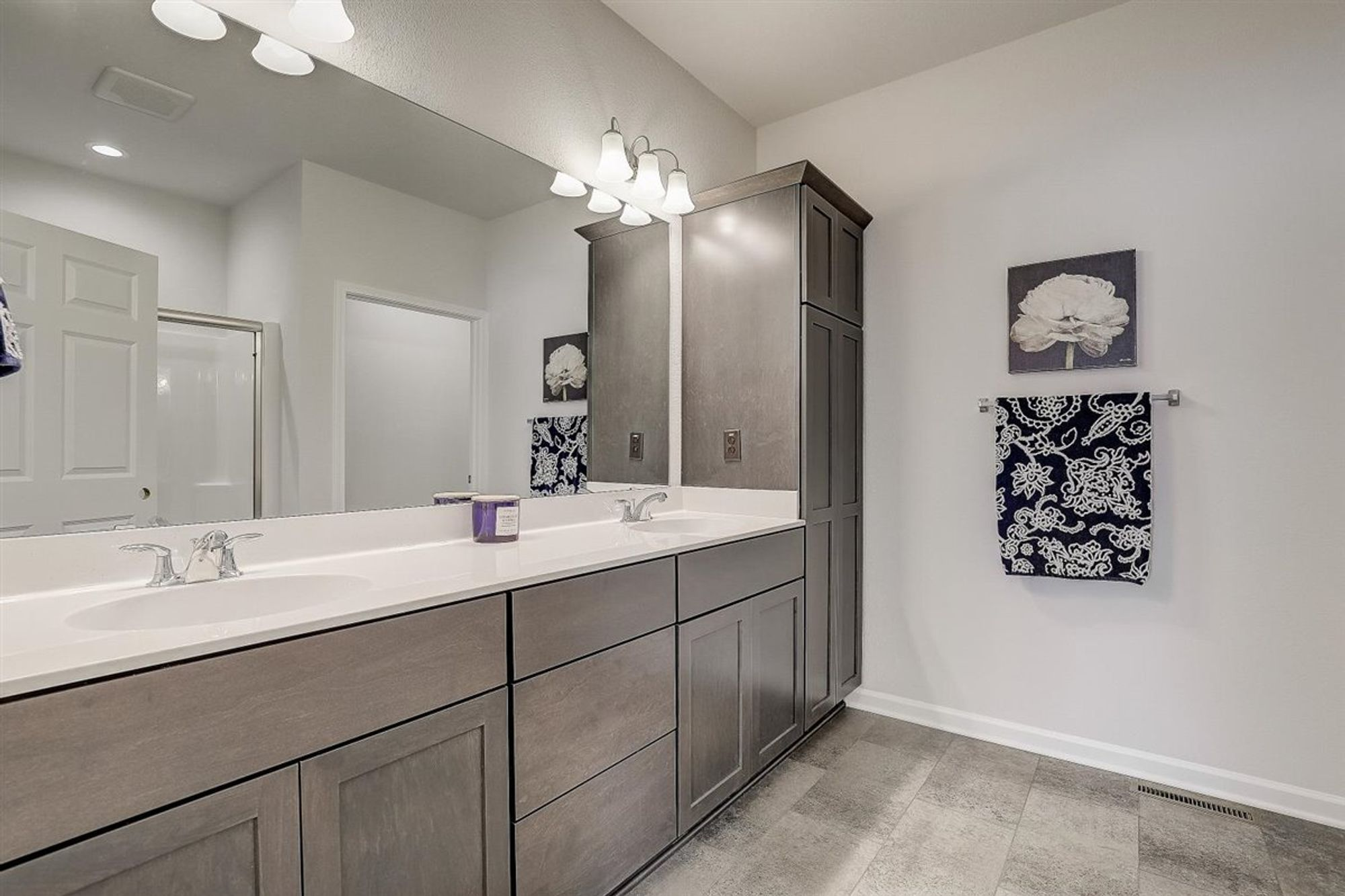 Bathroom featured in The Aspen By Halen Homes in Milwaukee-Waukesha, WI