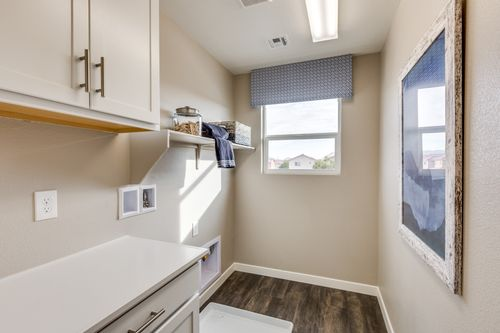 Laundry-in-Residence 1597-at-Brookfield-in-Las Vegas