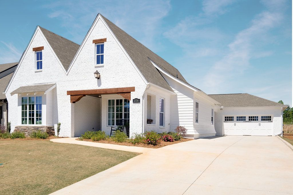 'The Springs of Mill Lakes' by Harris Doyle Homes in Auburn-Opelika