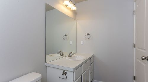 Bathroom-in-Howes-at-Mosaic Townhomes-in-Fort Collins