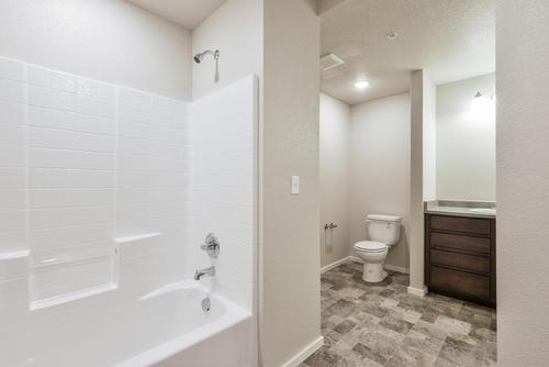 Bathroom-in-2 Bed/1 Bath-at-The Condos at Enchantment Ridge-in-Loveland