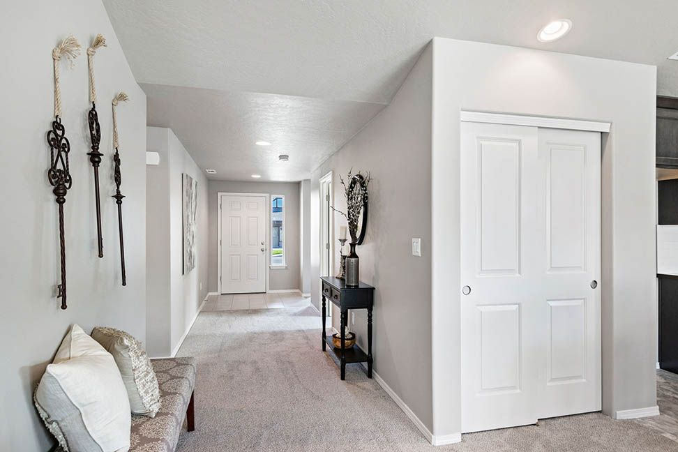 Living Area featured in the Edgewood By Hayden Homes, Inc. in Medford-Ashland, OR