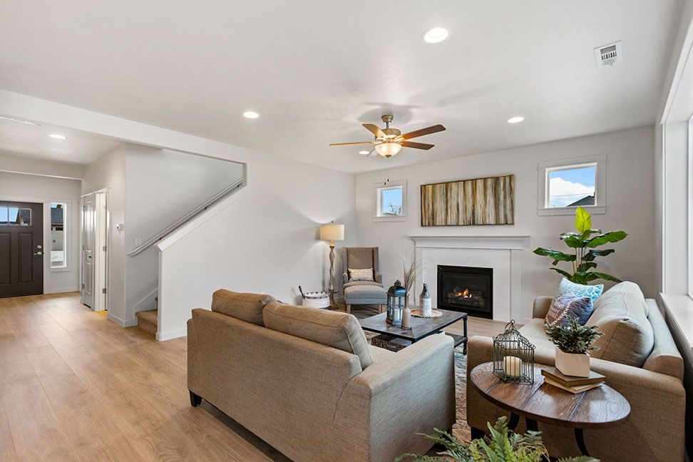 Living Area featured in the Timberline By Hayden Homes, Inc. in Medford-Ashland, OR
