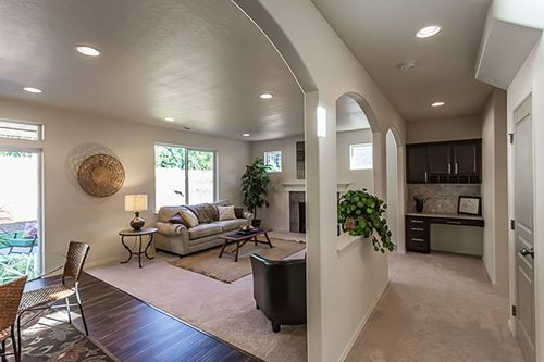 Greatroom-and-Dining-in-Stoneridge-at-South Pointe-in-Eagle Point