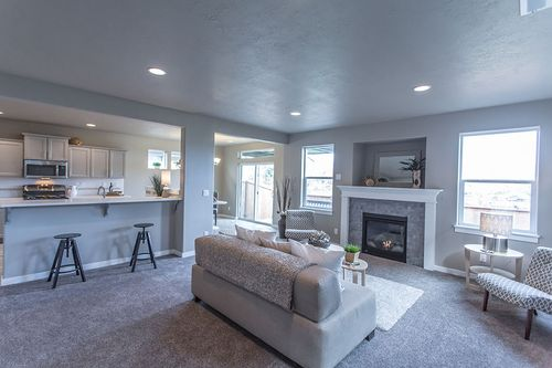 Greatroom-and-Dining-in-Talent-at-Maple Meadows-in-Redmond