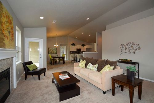 Recreation-Room-in-Snowbrush-at-Addyson Creek-in-Eugene