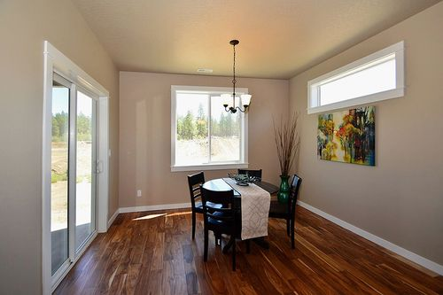 Breakfast-Room-in-Orchard Encore-at-Addyson Creek-in-Eugene