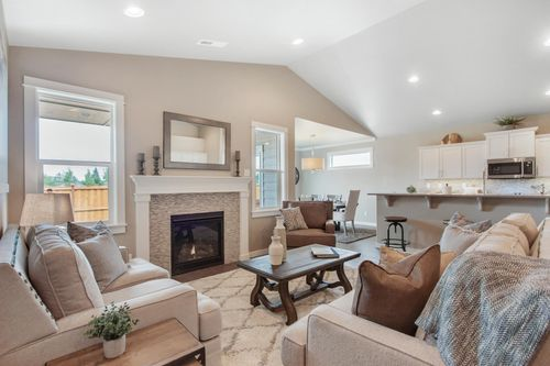 Greatroom-and-Dining-in-Orchard Encore-at-Addyson Creek-in-Eugene