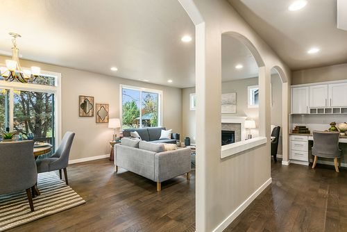 Greatroom-and-Dining-in-Stoneridge Encore-at-Leehaven-in-Bend