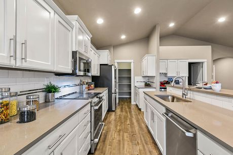 Kitchen-in-Orchard-at-Addyson Creek-in-Eugene
