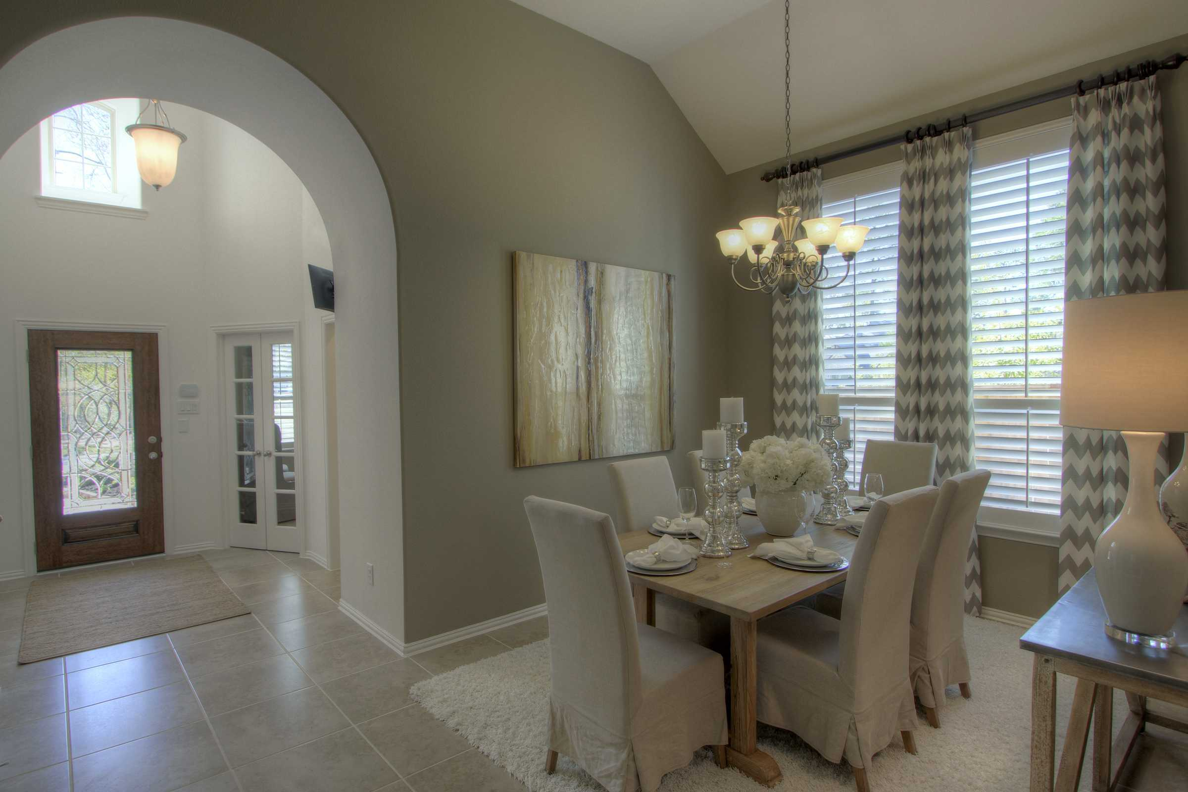 Dining-in-Plan 238-at-Fairway Ranch-in-Roanoke