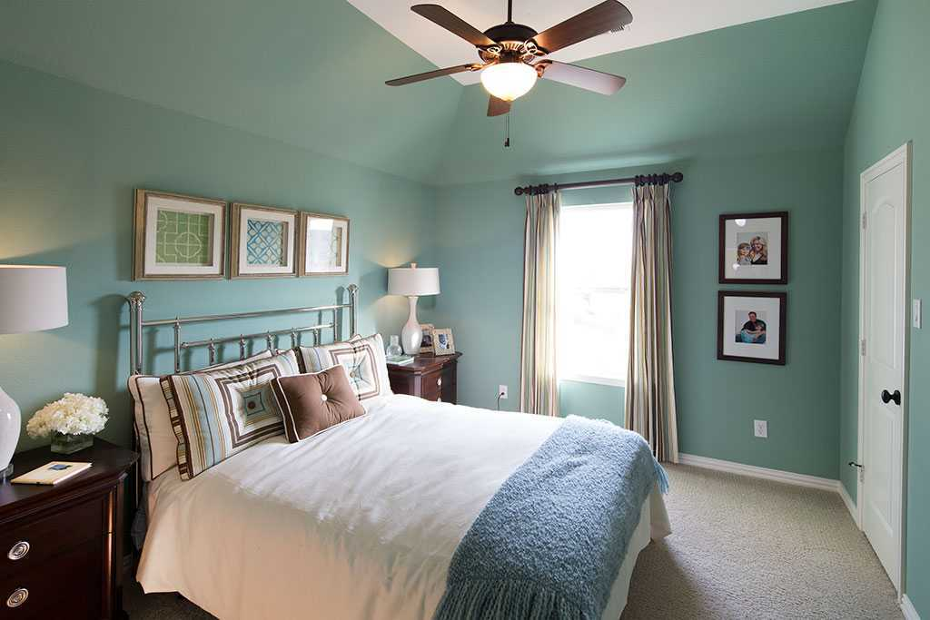 Bedroom featured in the Plan 3722 By Huntington Homes in Dallas, TX